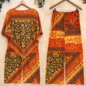 1970s Vintage Paisley Sunset Kaftan Tow Piece Set